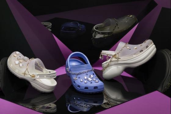 潮流演绎自在时尚 Crocs 推出为杨幂特别定制