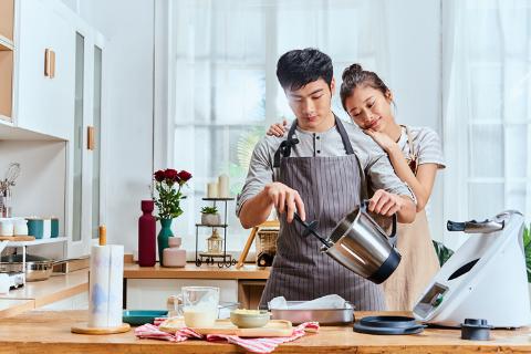 这才是520高级的告白方式 福维克美善品料理机TM6助力为爱下厨,轻松掳获TA的心和胃